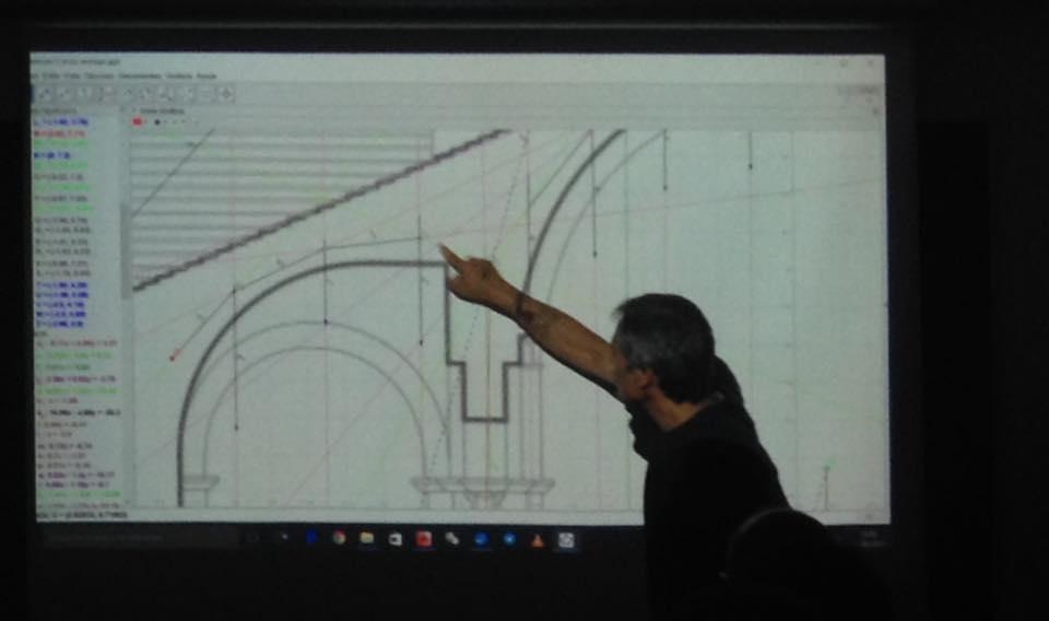 Càlcul d'estructures d'arquitectures històriques